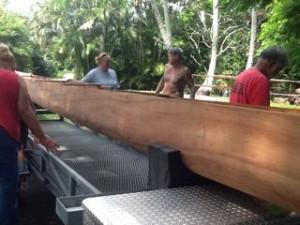 kahana-canoe