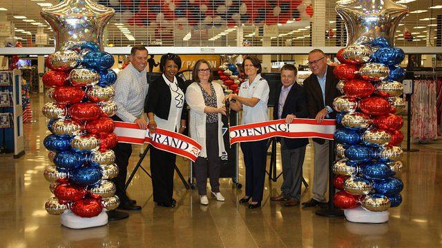 Scott Air Force Base Exchange Celebrates $4.3 Million Shopping Center Upgrade