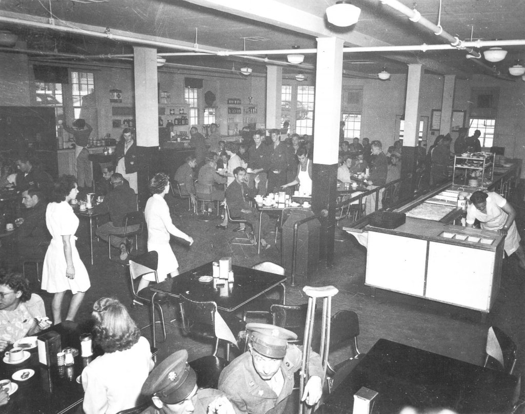 Fort Bliss, main cafeteria, 1949