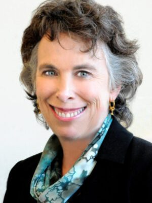 Faculty Headshot for Barbara Abrams