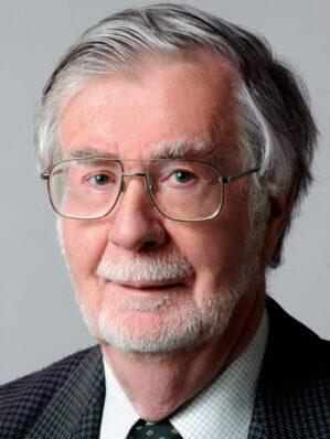 Faculty Headshot for Malcom Potts