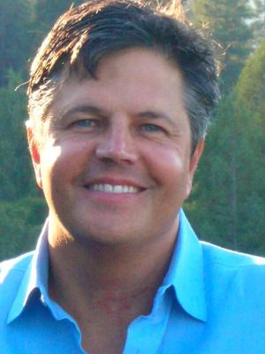 Faculty Headshot for Deryk Van Brunt
