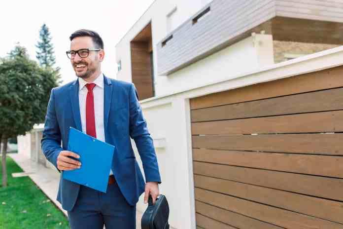 Imobiliárias e corretores com CNPJ podem se cadastrar para parceria com a POUPEX