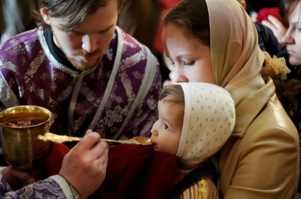 Receiving communion with a spoon
