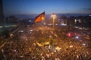 Gezi protest, Taksim Square, Istanbul on June 15, 2013 © Fleshstorm   Wikimedia Commons