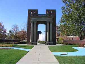 "Hallene Gateway at the University of Champaign-Urbana bearing the University's motto, ""Learning & Labor"" © Dori 