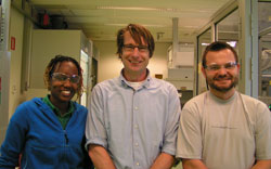 From left, Tendai Gadzikwa, Reek, and Pawel Dydio spearheaded research to develop cofactor-controlled enantioselective catalysis.