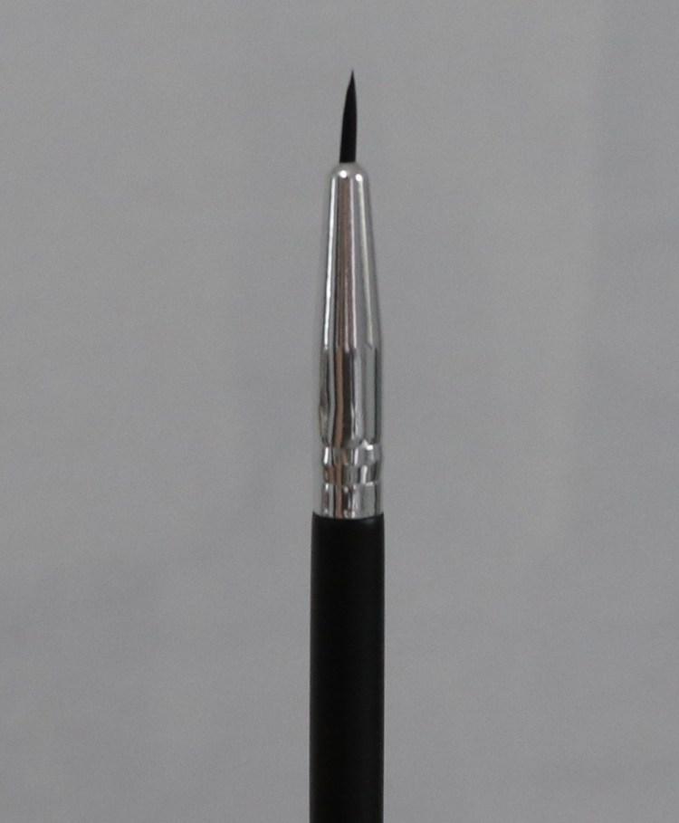 Aesthetica Fine Tipped Eyeliner Brush -