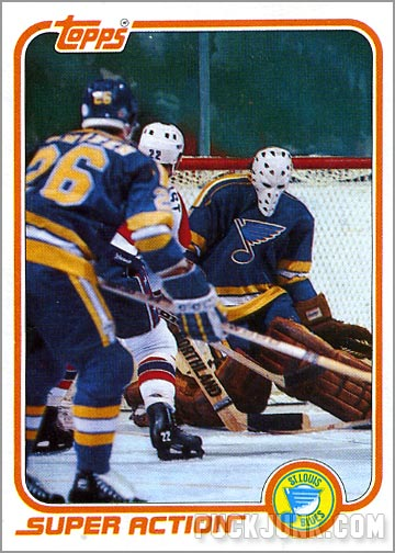 1981-82 Topps #128 West - Mike Liut / Super Action