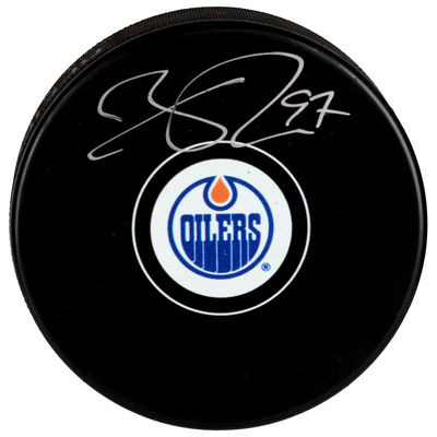 mcdavid_autographed_puck