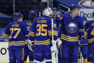 Buffalo Sabres: Linus Ullmark establishing himself as a true No.1 at just  the right time
