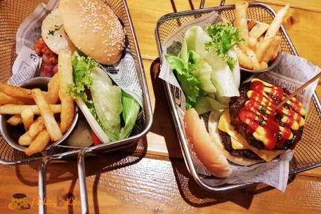 【新竹美食】北區-城隍廟附近美式餐廳《哇靠炭火牛排漢堡 plus 廟口店》炭烤牛肉料理