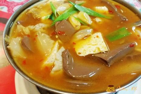 【食記-新北】深坑老街私房菜/素食料理餐廳《陳家豆腐》黑豆腐/腸旺臭豆腐
