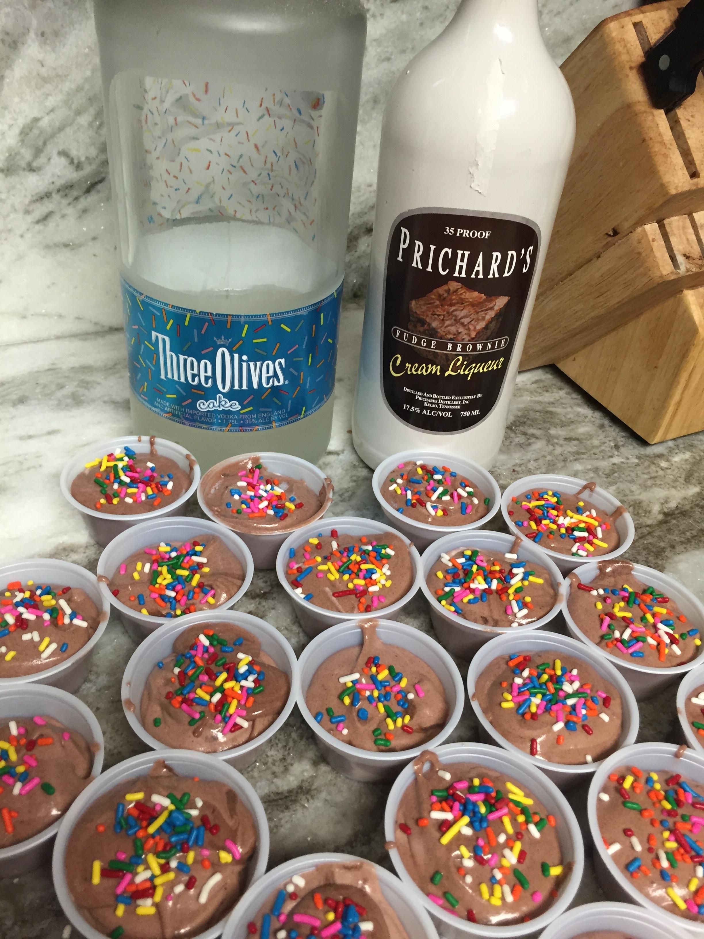 Chocolate Cake Pudding Shots Pudding Shot Madness