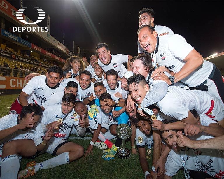 Lobos BUAP campeones del Ascenso MX