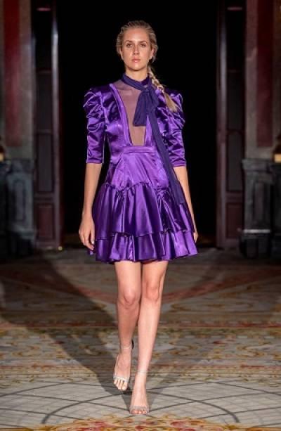 Diseñador poblano presentó colección en el París Fashion Week