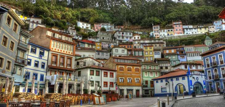 El pueblo de cudillero en el principado de asturias pueblos con encanto - Casas con encanto asturias ...