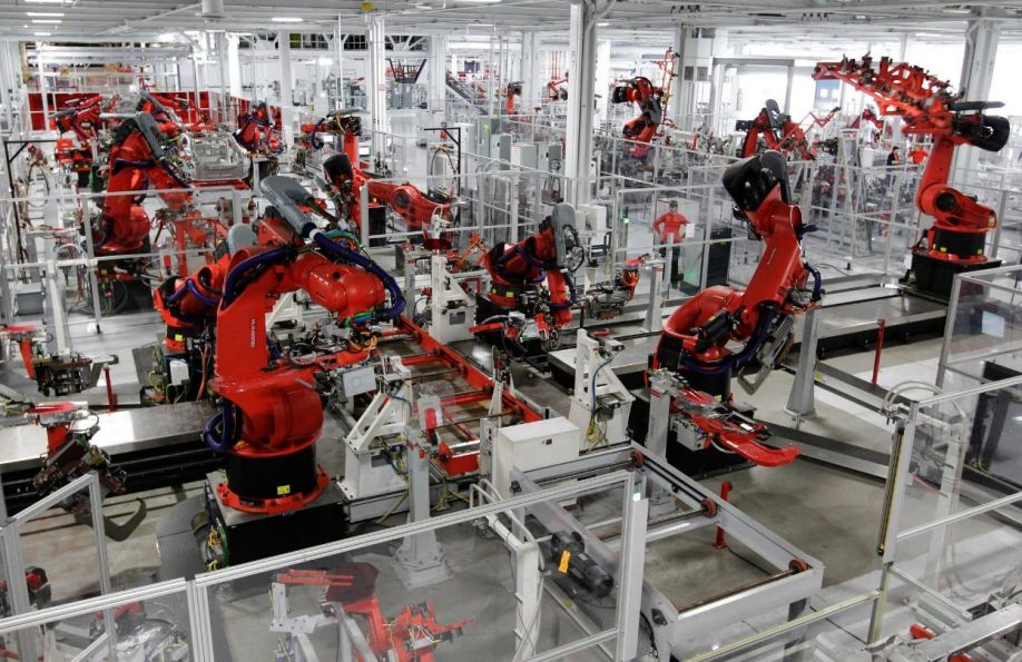 Factory_Robots.jpg