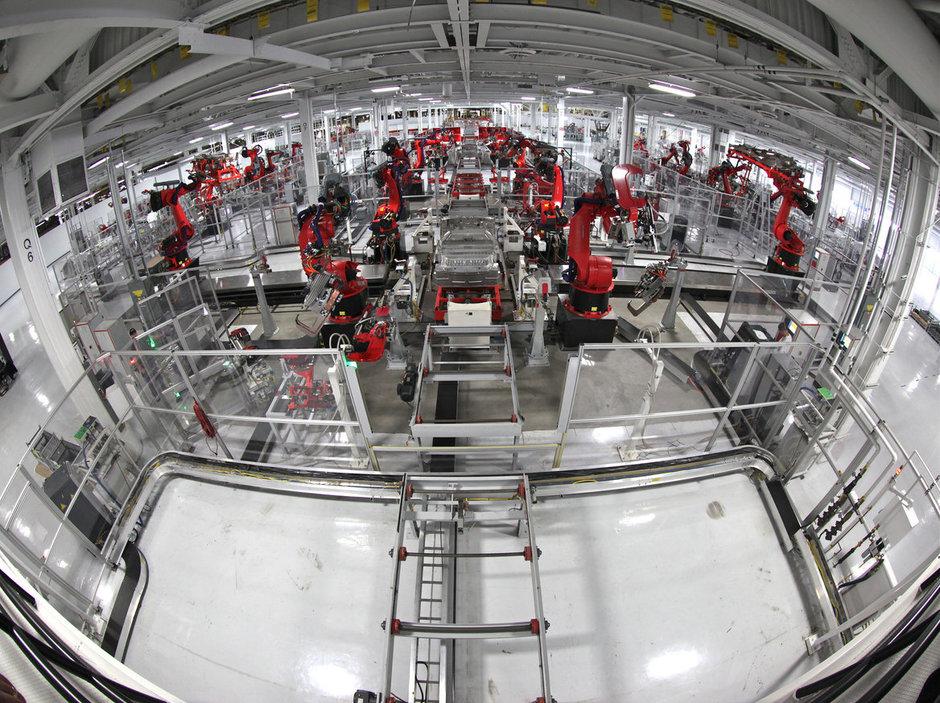 19-Flickr-Internet-of-Things-Tesla-Factory.jpg