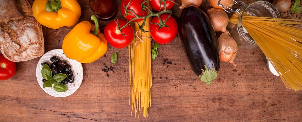 mediterranean-cuisine-2378758_1280.jpg