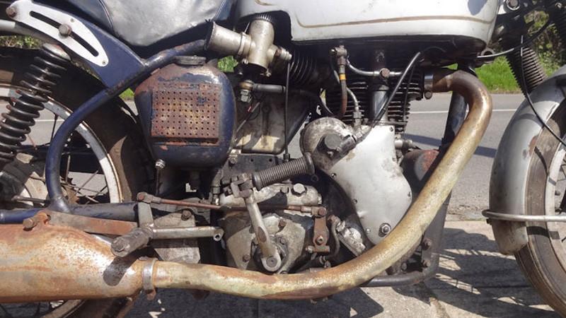 velocette-thruxton
