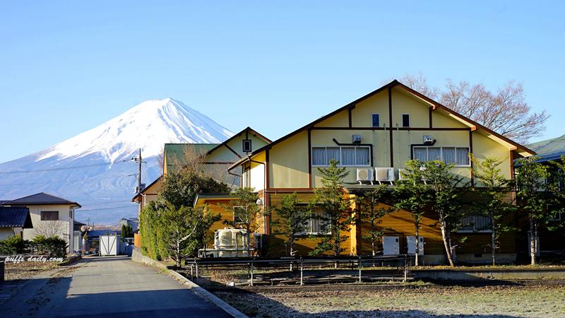 房屋與富士山