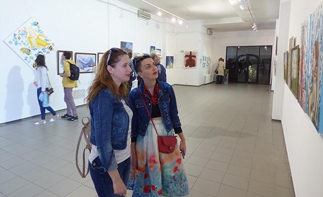 открылась выставка картин