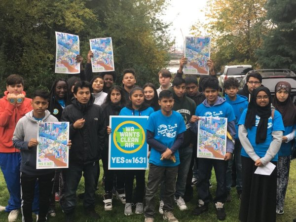 The Duwamish Valley Youth Corps showing support for 1631 during Duwamish Alive!