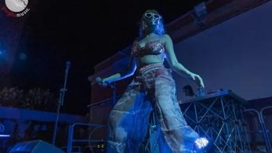Photo of [Report&Foto] MYSSKETA icona di tutti gli eccessi, infiamma i fans della Casa delle Arti di Conversano ! Apre il live MASSIMO PERICOLO con una Rap duro e diretto.