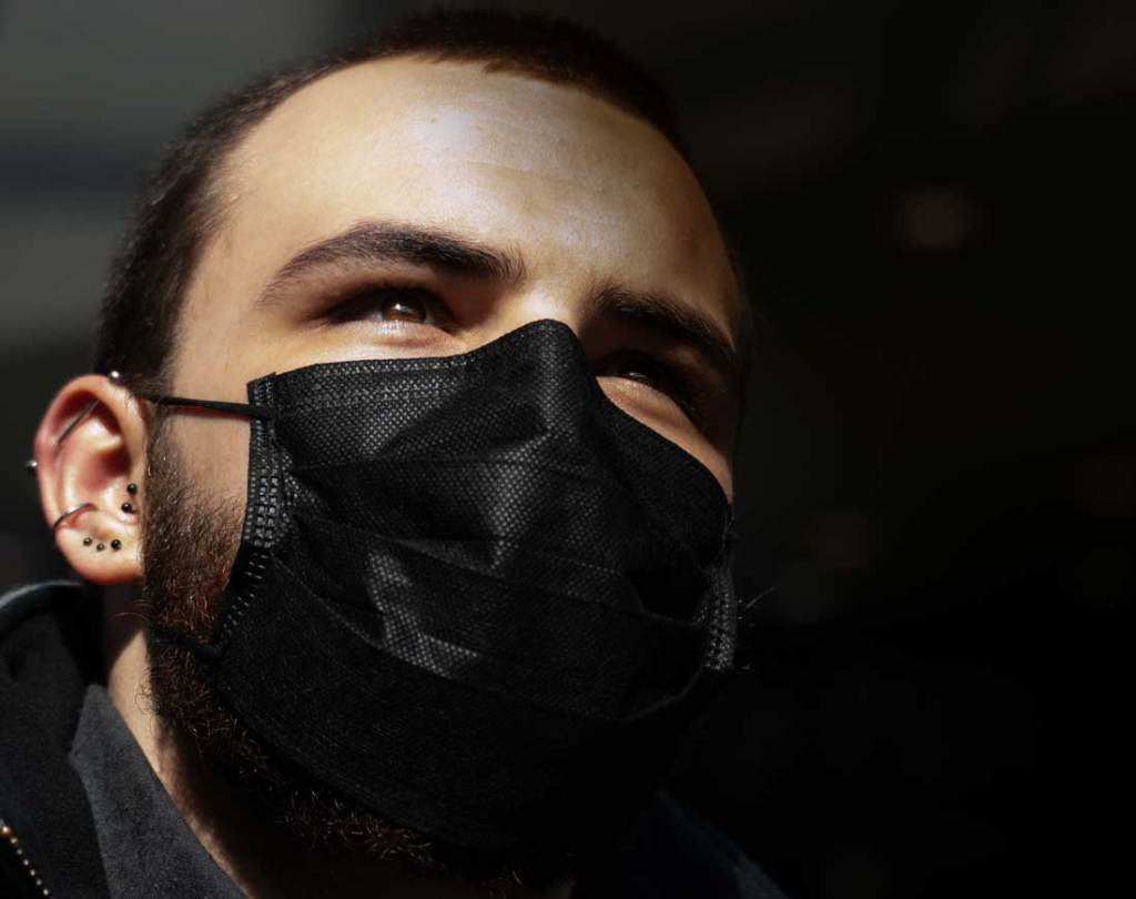 man wearing wholesale individually packed face mask