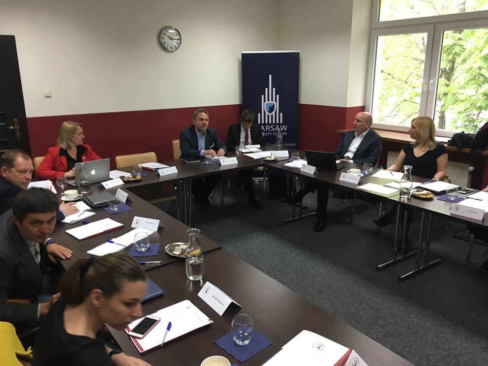 Eksperci zpaństw Grupy Wyszehradzkiej iUkrainy okomunikacji strategicznej wsektorze energetycznym