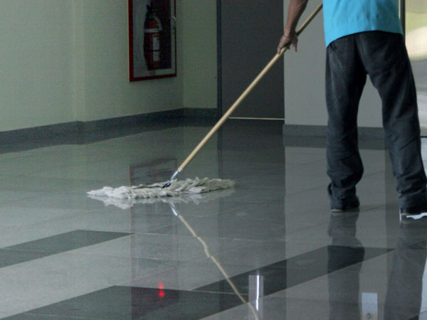 mantenimiento y limpieza de piso
