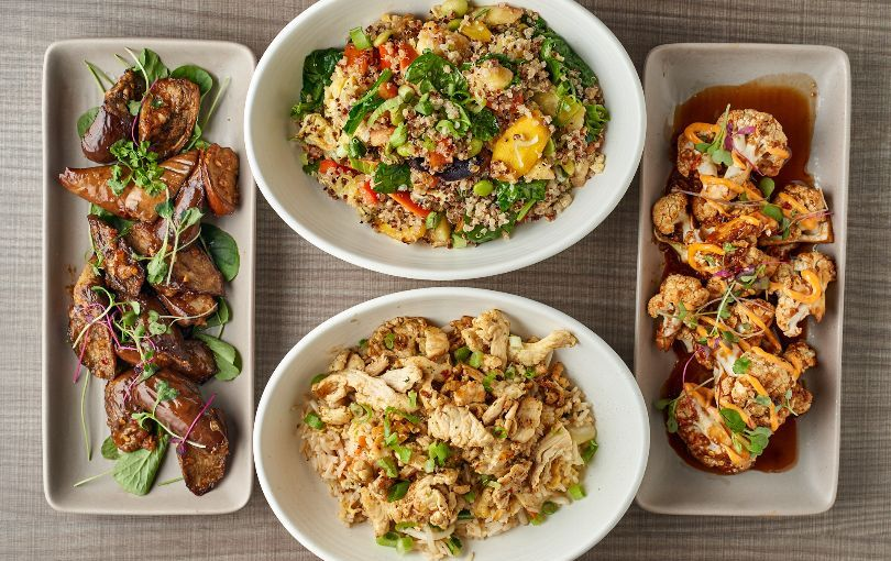 Ling's Wok Shop fast casual by day, full service at night.