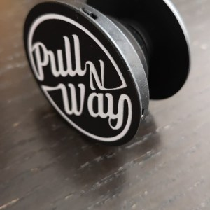 PopSocket WHITE [Pull n Way Logo]