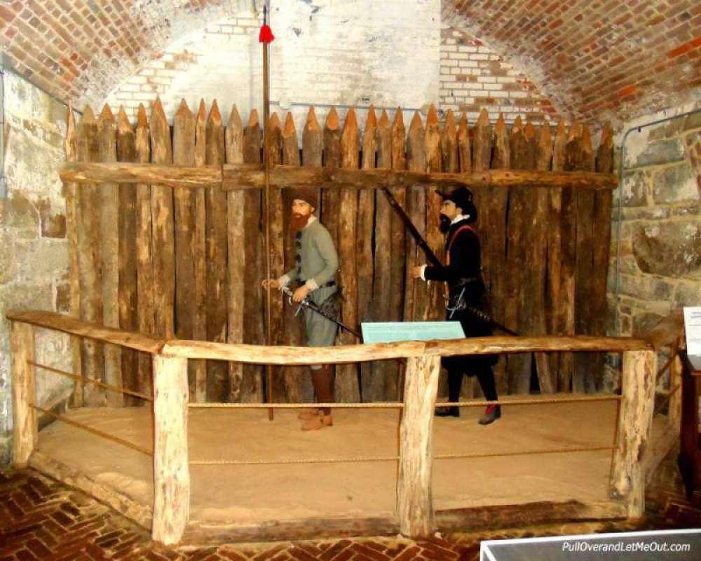 Jamestown-fort-display