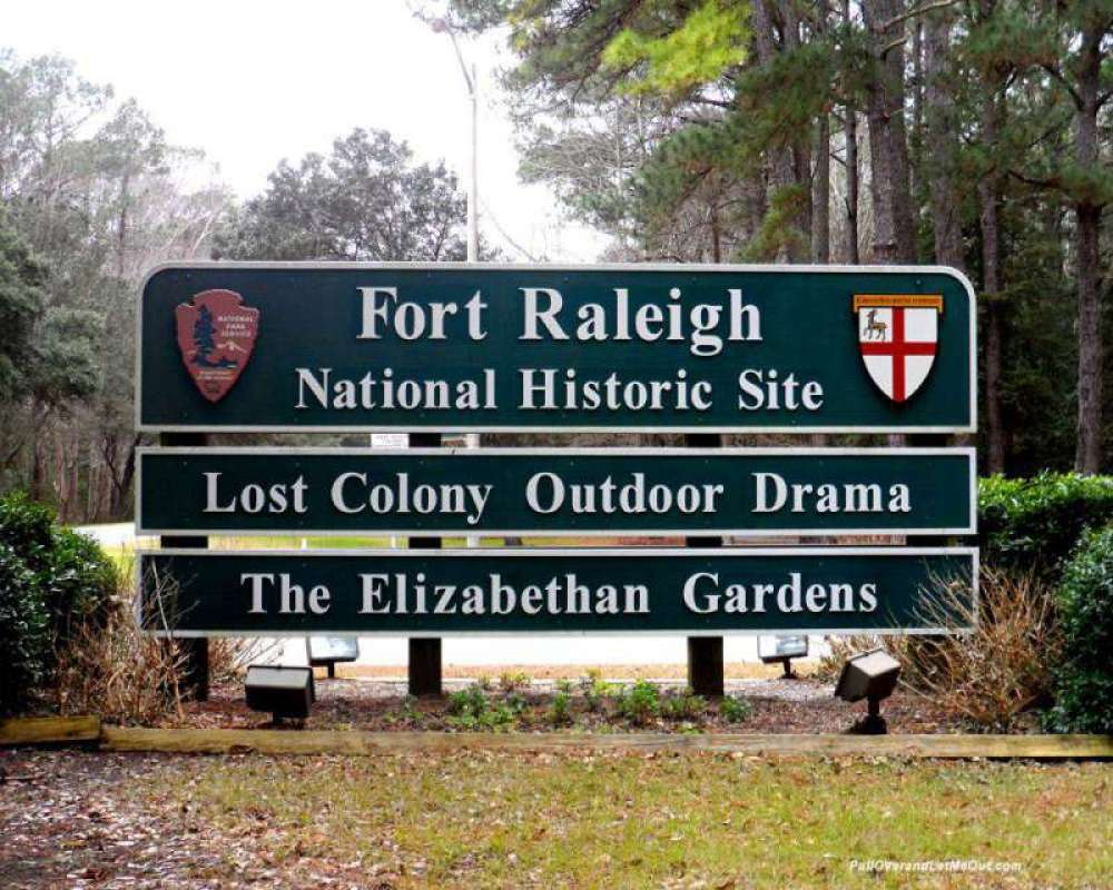 Fort-Raleigh-sign