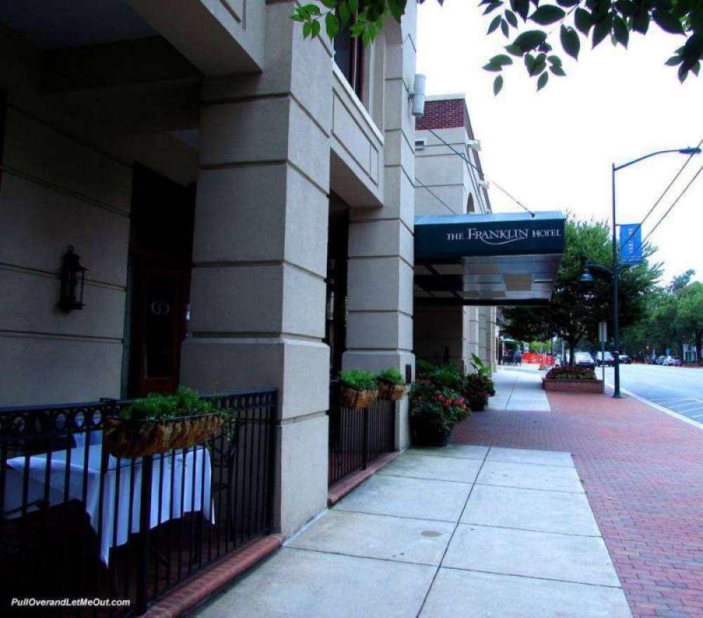 Franklin-Hotel---PullOveran