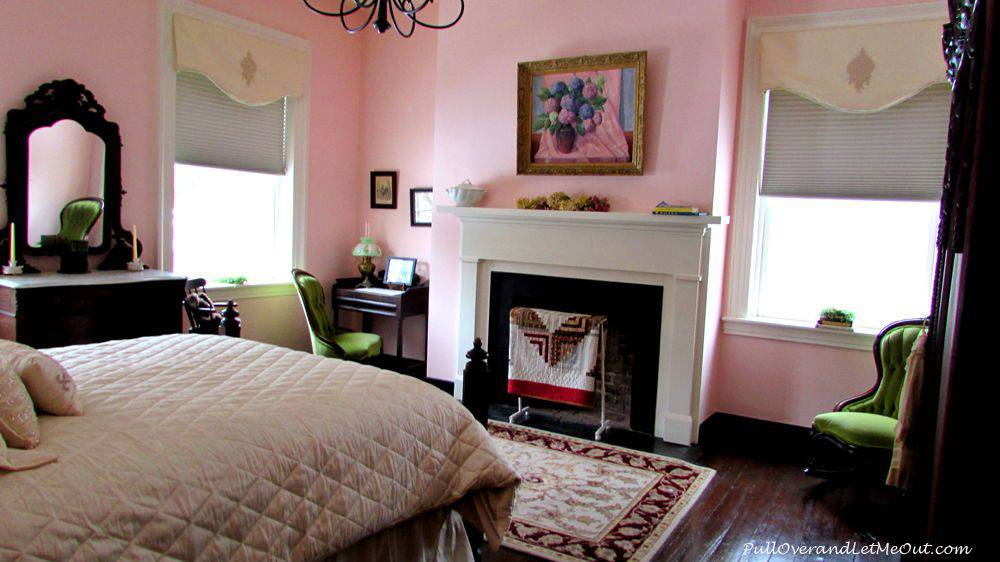 Braehead-Manor---bed-room-P