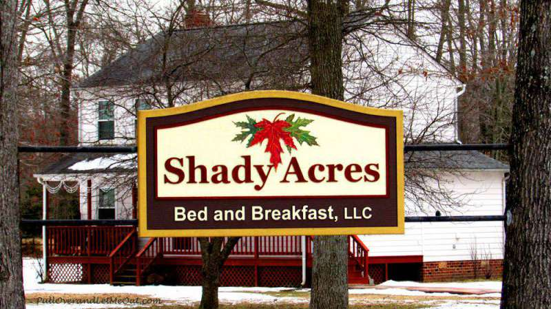 Shady-Acres-sign---PullOver