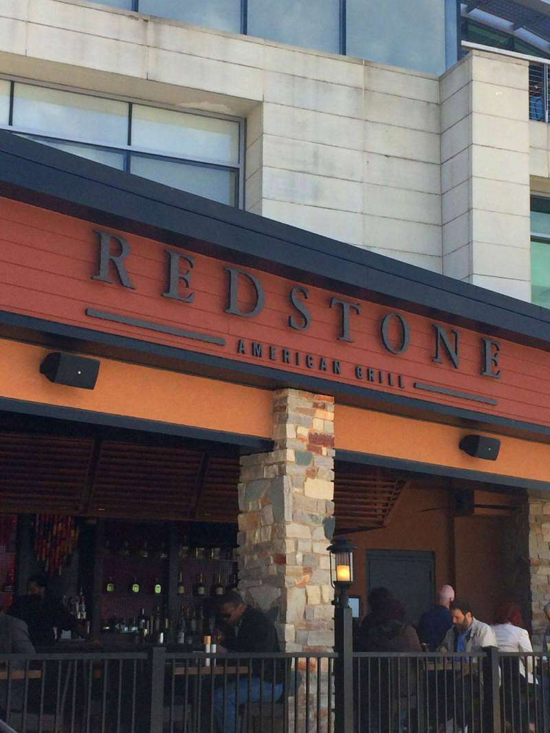 Redstone-Grill-National-Har