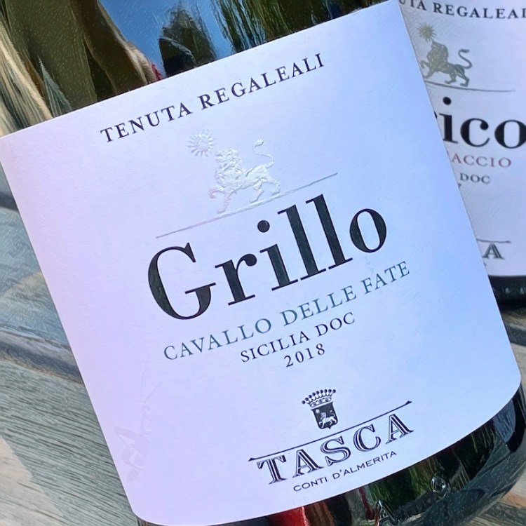 2018 Tasca d'Almerita Tenuta Regaleali Grillo Cavallo delle Fate, Sicilia DOC photo
