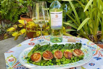 St Supéry Sauvignon Blanc featured photo photo