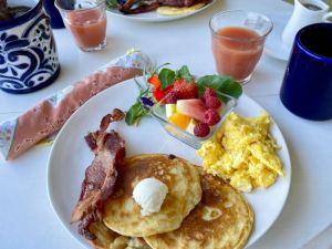 Breakfast at Beltane Ranch inn photo