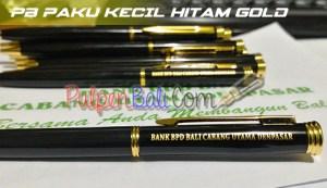 Contoh pulpen besi warna hitam cetak emas untuk promosi