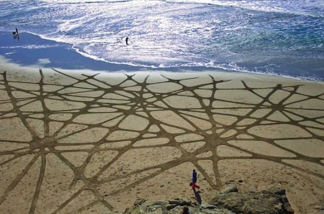 Andres-Amador_Sand-Painting-23