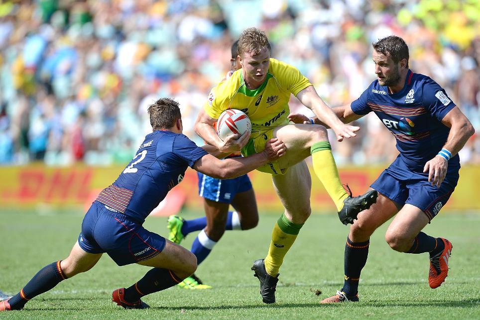 Hosts Australia through to Cup quarter-finals in Sydney