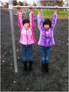 Sisters Alaina and Maia