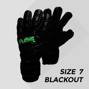Pulse P1 Blackout - Size 7 - Negative Cut with Removable Finger Protection