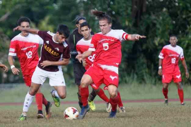 Cae el invicto de los Gallitos en el fútbol de la LAI