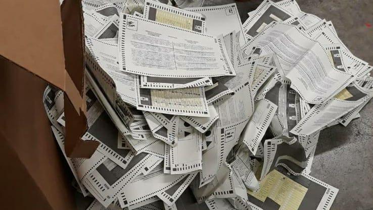 Denuncian la falta de cumplimiento del código electoral